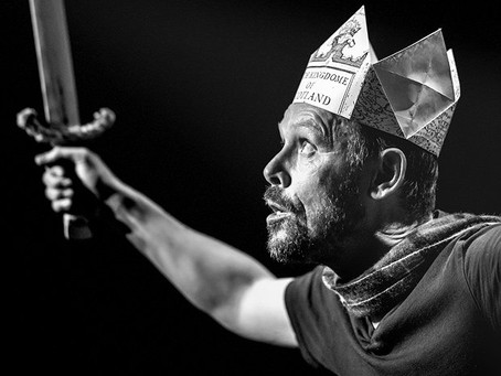 Fringe REVIEW: Is This a Dagger? - ★★★★★