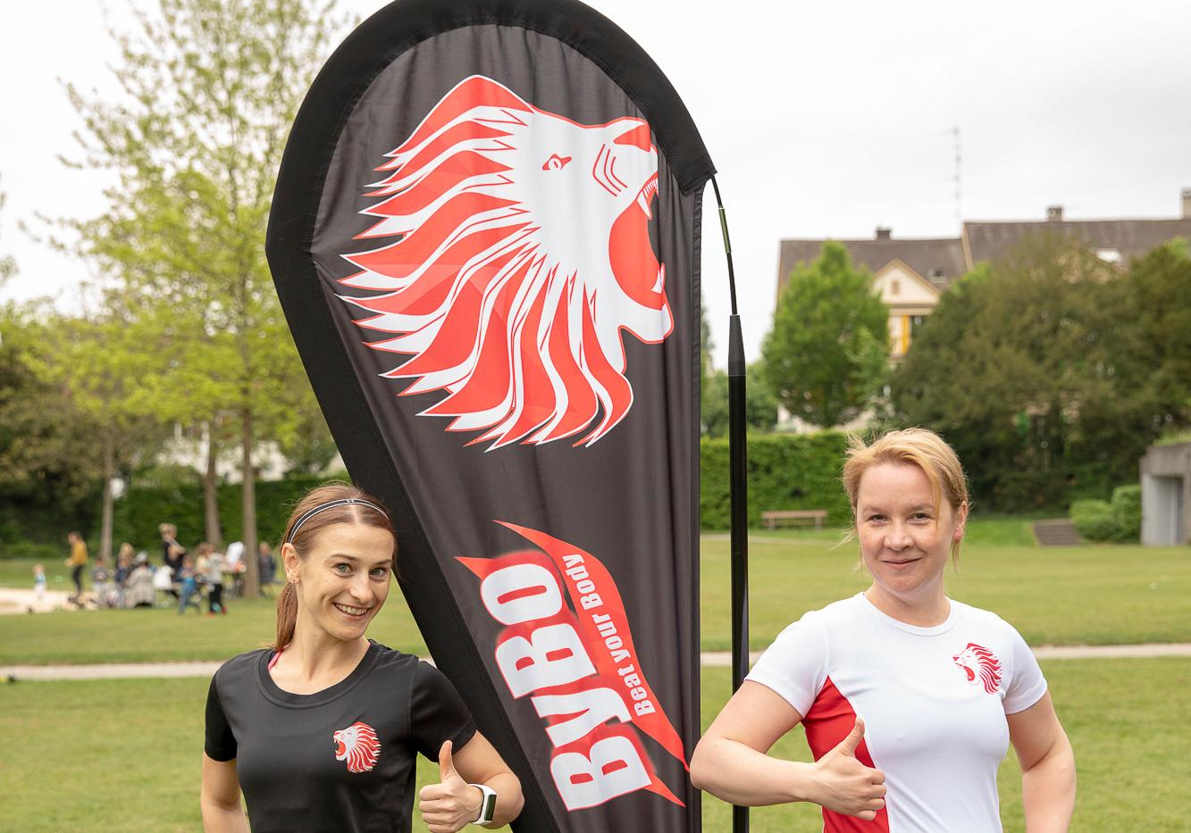 Beata mit Trainerin Caroline