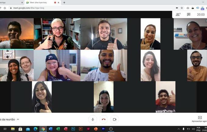 Projeto Voluntário Curso de Português pa