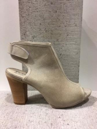Sandale en cuir taupe Felmi