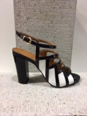 Sandale à petites lanières noire et blanche Only