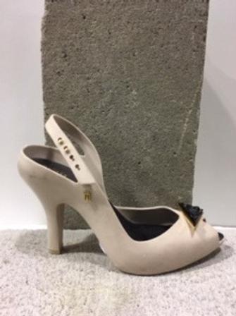 Sandale beige MELISSA