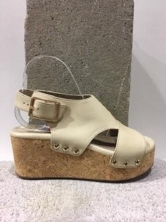 Sandale beige en cuir talon compensé en liège  BOUSSOLA
