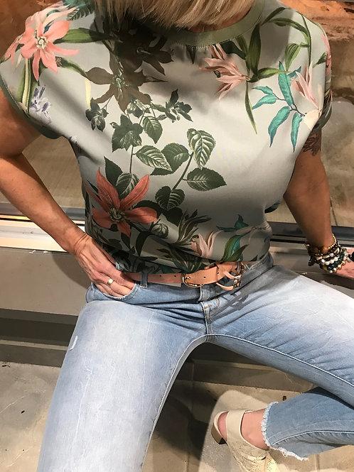 T-shirt vert fleuris B.Young