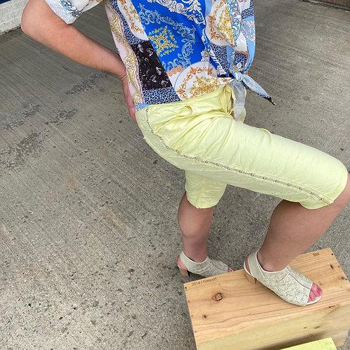Shorts jaune avec gemmes Collection italienne