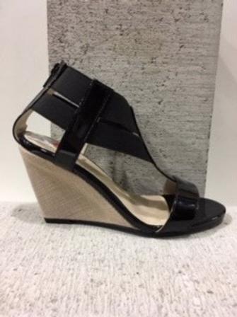 Sandale en cuir vernis noir NOBLEZ