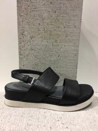 Sandale sport noire semelle plateforme Boussola