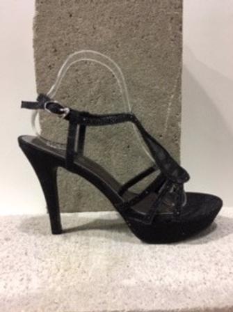 Sandales noires brillantes  NOBLEZ