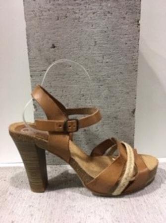 Sandale tan en cuir avec lanière de rotin NATURAL STEP