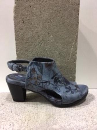 Sandale bleue fleurie  BOUSSOLA