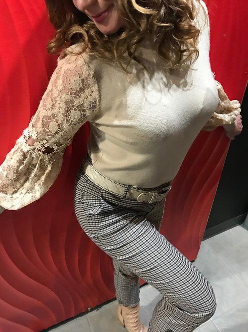 Chandail avec manches longues en dentelles COLLECTION ITALIENNE