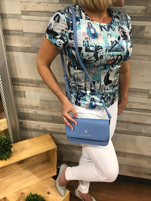 T-shirt turquoise imprimé couverture de magasine Guess