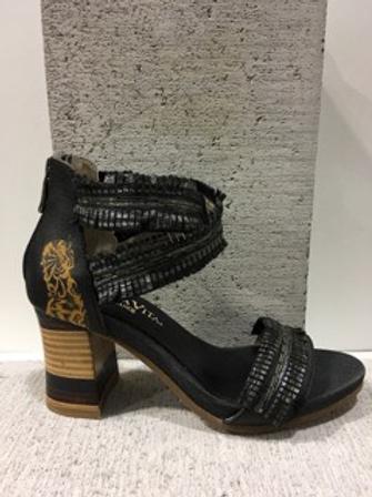 Sandale noire effrangée Laura Vita