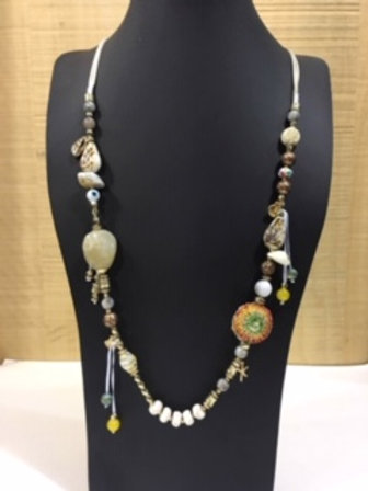 Collier long style coquillage AXELLE