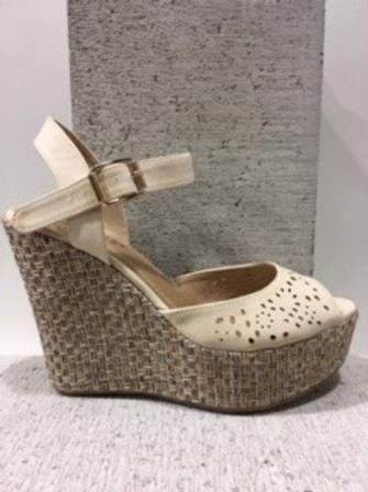 Sandale beige avec talon compensé en tissu NOBLEZ