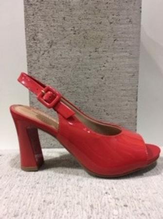 Sandale rouge en cuir vernis Piccadilly