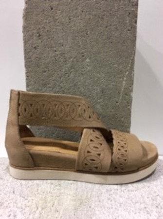 Sandale beige en cuir BOUSSOLA
