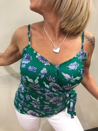 Camisole femme verte fleurie blanc et bleu  Garcia