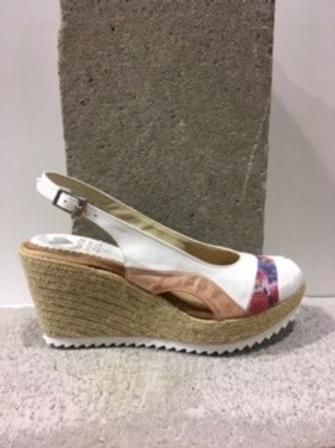 Sandale blanche bande fleurie  MARILA