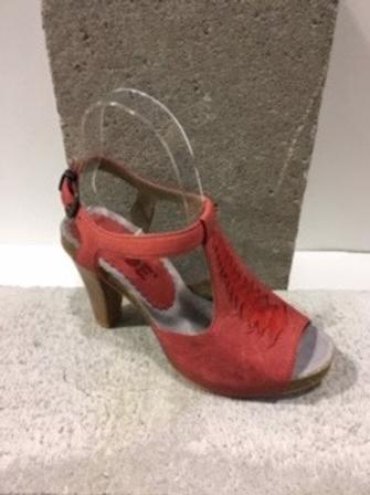 Sandale rouge en cuir DKODE