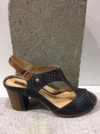 Sandale noire trouée en cuir  PIKOLINOS