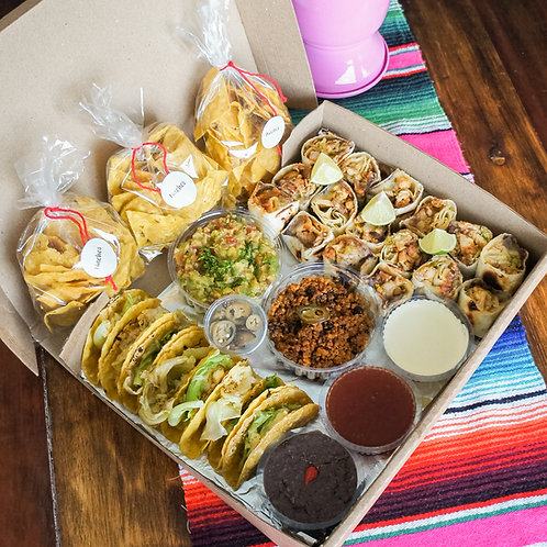 3 a 4 Pessoas - KIT Taquitos + Burritos