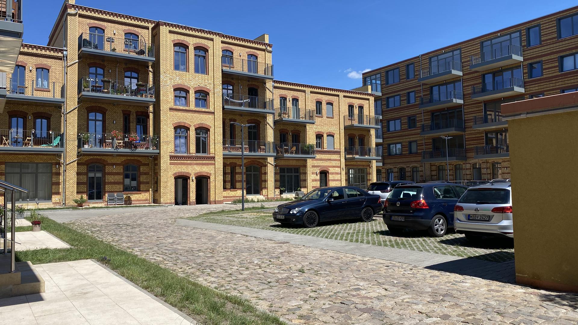 Umbau historisches Gebäude in 74 Wohnungen in 39104 Magdeburg