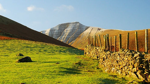 brecon-beacons-snow-on-pen-y-fan-graham-