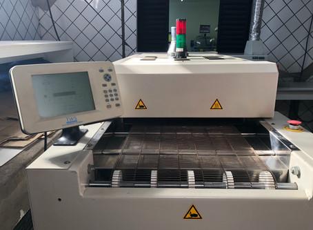 Novo forno de refusão aumenta a qualidade e produtividade dos produtos ILUMAC.