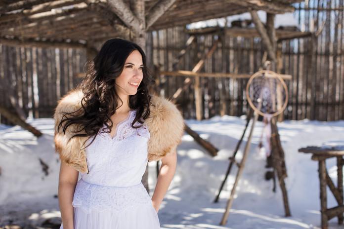 Wedding dress & fur collar