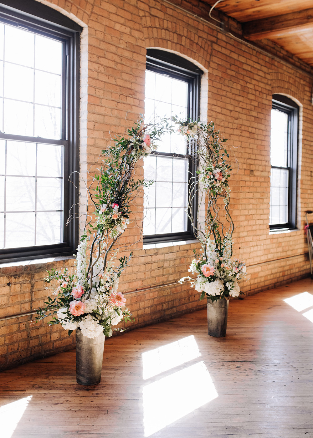 solar arts minneapolis wedding ceremony willow arch