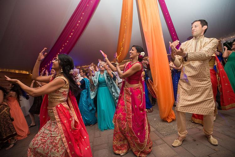indian-wedding-dance-minnesota.jpg