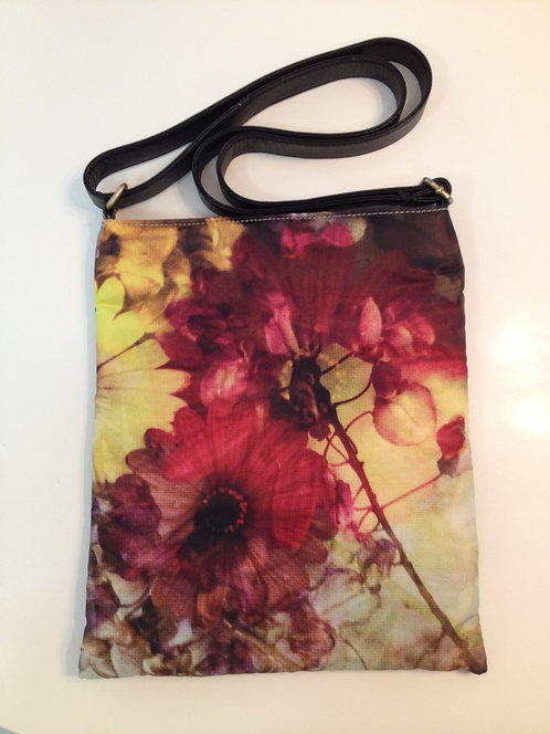 Haizy Daizy Sling Bag