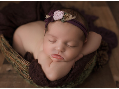 Valentina- Newborn-In Studio