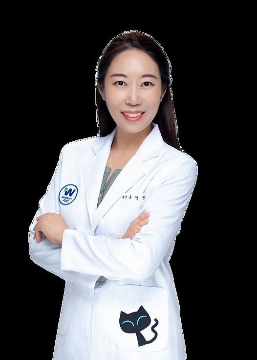 홍연정원장님_누끼.png