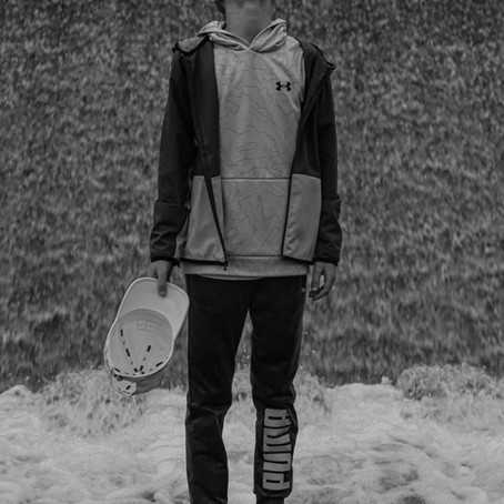 Reu | Rainy Canoe Creek Portraits
