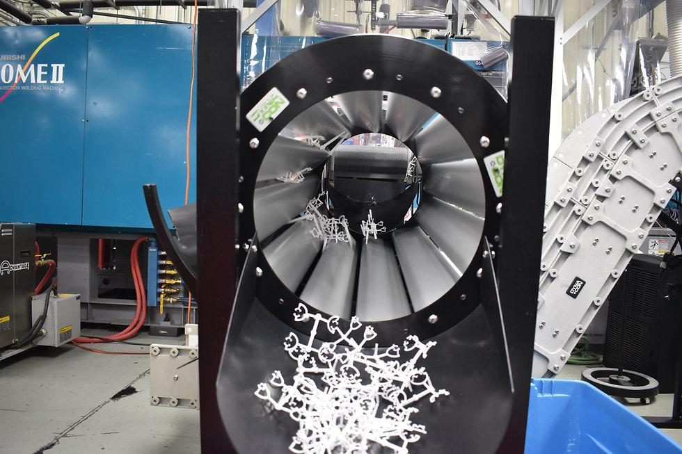 Injection Molding Machine DSC_1228.JPG