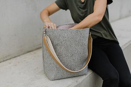 Wool felt minimalistic bag