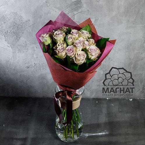 "Букет из 19 роз ""Кул ватер"""