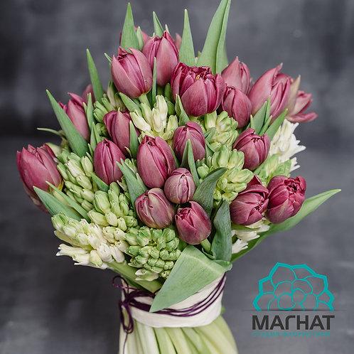 Букет тюльпанов и гиацинтов