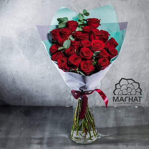"""Букет из 19 роз """"Ред Наоми"""""""