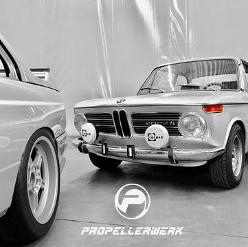 🇩🇪 _•_ BMW E30 M3 _•_ BMW 2002ti _•_ 🇩🇪 👉🏻💙FOLLOW US FOR MORE BMW NEWS 💙_bmw_propellerwerk 💙 =========================================== #bm