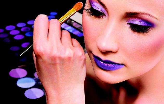 makeup-artist-business.jpg