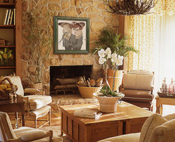 Stone-wall-decoration-in-country-living-room.jpg