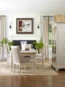 unique-dining-room-design-natural-furniture.jpg