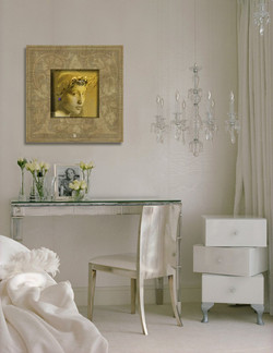 luxury-home-master-suite-writing-table.jpg