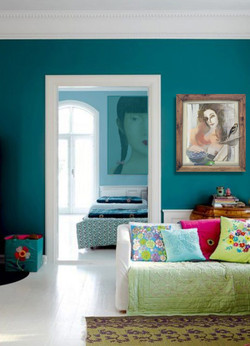 light_house_with_colorful_interior_and_bright_furniture.jpg