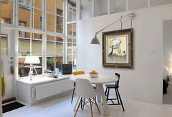 Apartment-For-Sale-with-Modern-Style-in-Stockholm-Dining-Table-800x531.jpg