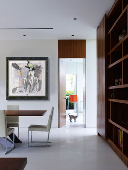 Interior-Ideas-at-Classic-Modernist-Style-M-House-in-Singapore.jpg