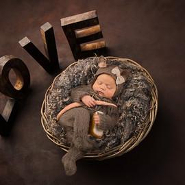 Love baby newborn mouse